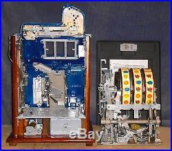 Mills 25c CASTLE FRONT antique slot machine, ca 1935