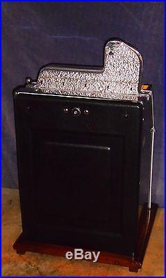 Mills 25c WAR EAGLE antique slot machine, 1934