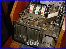 Mills 5-cent Qt Chevron Slot Machine Original Locks & Restored Nice
