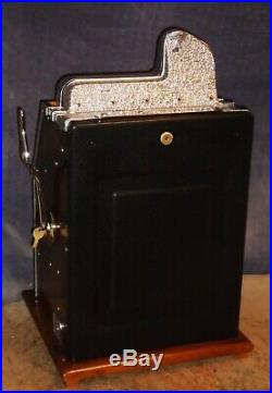 Mills 5-cent WAR EAGLE antique slot machine, 1931