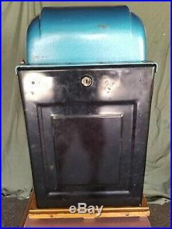 Mills 50 Cent Black Beauty Slot Machine