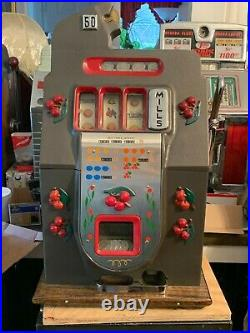 Mills 50 Cent Fishmouth Black Cherry Mechanical Slot Machine Antique Fish-mouth