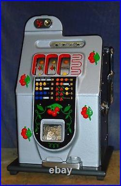 Mills 5c BLACK CHERRY antique slot machine, ca 1946