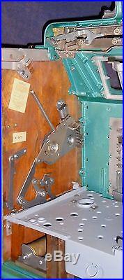 Mills 5c FOK antique slot machine, ca 1937, very unique model