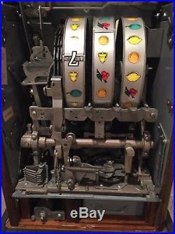 Mills 777 High Top Slot Machine