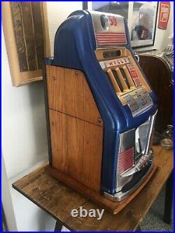Mills 777 Rare 50-cent Restored Slot Machine Coin Op Casino Mechanical Antique