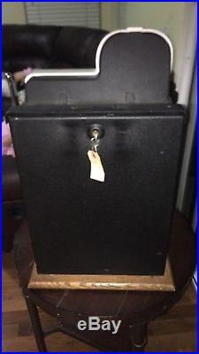 Mills Antique 25 cent Golden nugget Slot Machine with Keys