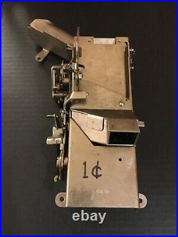 Mills Antique Mechanical Slot Machine Jackpot