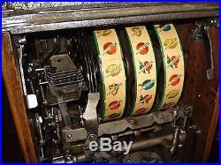 Mills Antique War Eagle Slot Machine