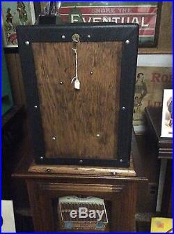 Mills Fok Four Column Vender 5¢ Slot Machine