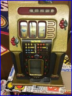 Mills Golden Cliffs. 25 Coin Slot Machine
