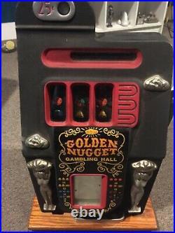 Mills Golden Nugget 25 cent slot machine