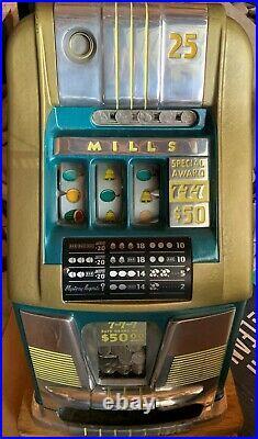Mills Hi-Top Hi Top Triple 7 Slot Machine