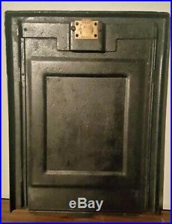 Mills Novelty Company Black Cherry 25-Cent Slot Machine