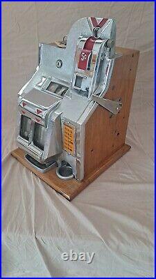 Mills QT Antique Slot Machine Very Nice 5 Cent