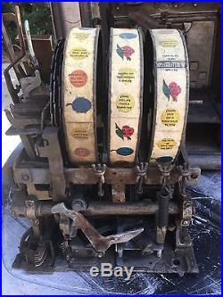 Mills Rare Green Original Castle Slot machine withSide Mint Vendor & Gold Awards