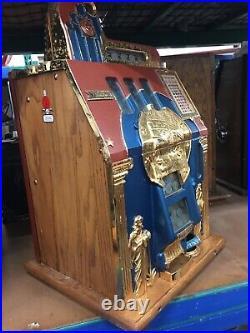 Mills Roman Head Gold Plated Slot Machine WithSide Vendor