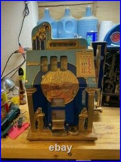 Mills roman head 1 cent slot machine with side mint vendor