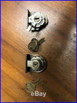 Mills slot machine QT lock original front and rear set