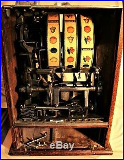 O. D. Jennings & Co. 10 Cent Oak Cased Slot / Gum Vending Machine c. 1920s