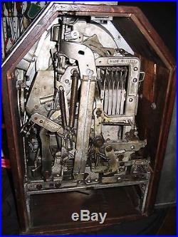 ONE CENT JENNINGS LITTLE DUKE SLOT MACHINE w. SIDE VENDER