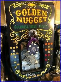 ORIGINAL 1940's 25¢ Mills Antique Slot Machine. It is the Golden Nugget coin op