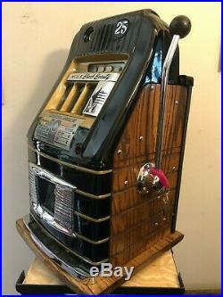 ORIGINAL 1940's 25¢ Mills Black Beauty Hi Top Antique Slot Machine coin op
