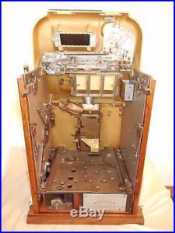 ORIGINAL 1940's 25¢ Mills Hi Top Golden Nugget Antique Slot Machine