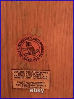 Original-1950s Mills antique black beauty Slot Machine. Original Keys Included