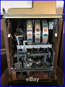 Outstanding cond. 1940s Mills 25 Cent Golden Falls Deluxe Slot Machine -Estate