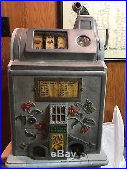 Pace Slot Machine Poinsettia 5 cent
