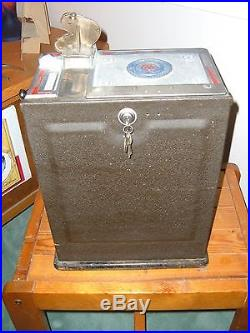 RARE ALL ORIGINAL ANTIQUE WATLING WONDER VENDOR 5 CENT SLOT MACHINE