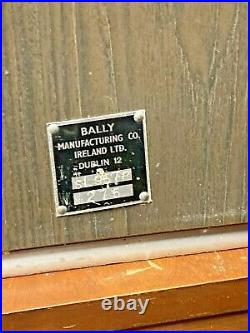 RARE! BALLY 25 CENT SLOT MACHINE VINTAGE Model S 957 B-145