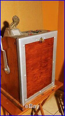 Restored 1920's Mills Pointsetta 5 cent Slot Machine