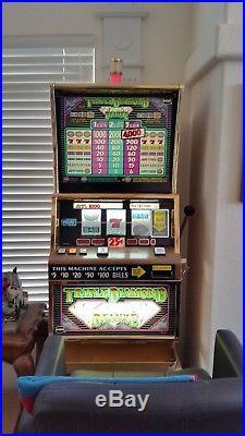 Slot Machine 25 cent triple diamond deluxe