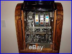 Slot Machine Mills Extraordinary 50 Cent Console Slot Machine