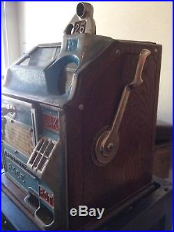 Slot machine, PACE, vintage, quarter, three wheel, pull handle, with stand