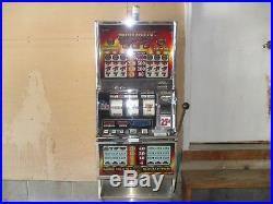 Smokin 777 Slot Machine