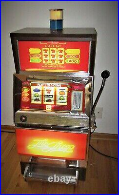 Summit Systems Trop 3 Quarter Coin Operated Lighted Slot Machine Needs Repair