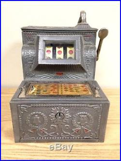 THE PURITAN BELL Antique 5 Cent One Armed Bandit SLOT MACHINE with KEYS RARE