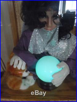 Talking Fortune Teller Coin Operated Penny Arcade Card Dispenser Working 25 Cent