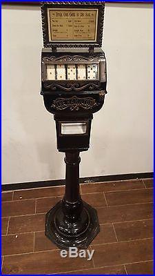 Trade Stimulator 1903 Cast Iron Poker Hamilton made by Leo Canda slot machine