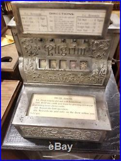 Trade Stimulator Puritan Pilgrim Cast Iron rare slot machine 1906