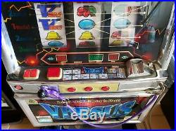 VERSUS CASINO SLOT MACHINE VEGAS (MADE IN JAPAN) WORKS! Local Pickup Only