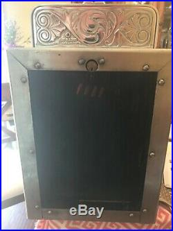 VERY RARE. Antique 1925 Caille NAKED LADY Superior Bell Jackpot Slot Machine