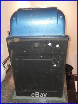 VINTAGE 1940's MILLS BLUE-BELL 25 CENT / QUARTER SLOT MACHINE