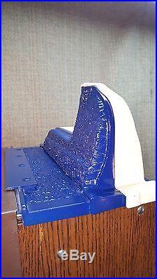 VINTAGE 25 ¢ MILLS SLOT MACHINE Novelty Blue Front Castle Front Coin Op