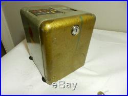 Vintage 1930's Era Mills Novelty Co. Vest Pocket Slot Machine- Vintage Casino