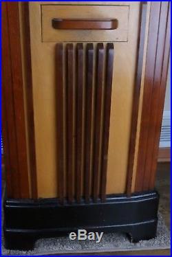 Vintage 1930's antique Jennings Chief Console slot machine Jennings Chief Club
