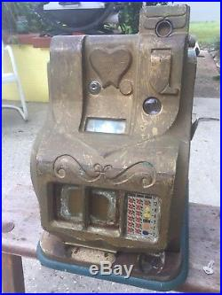 Vintage 1930s Mills QT sweetheart 5 cent slot machine WITH JACKPOT